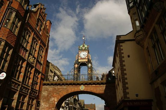 19/04/14 CHESTER. The Eastgate Clock.