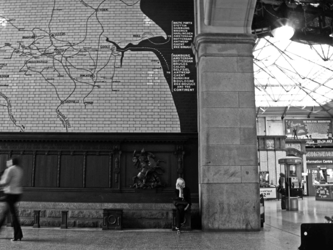 230610 MANCHESTER Victoria Station LYR War Memorial girl on a mobile 2