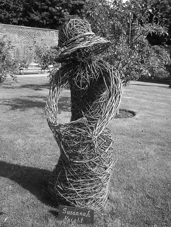 13/09/15 CHORLEY. Astley Hall Walled Garden. Wicker Figure.