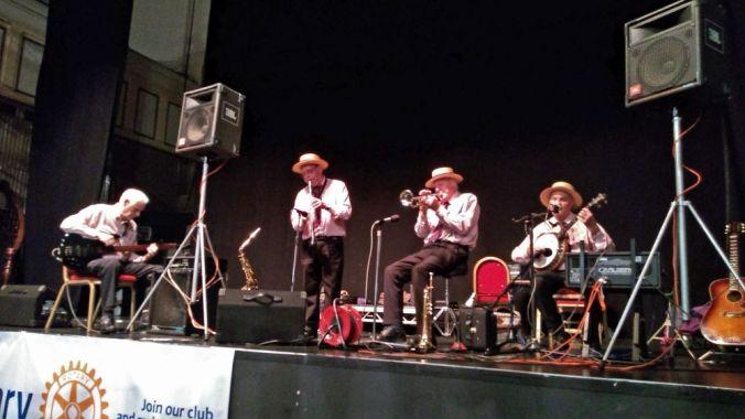 13/10/18. WARRINGTON OKTOBERFEST. The Lazy River Jazz.