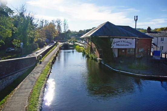20/10/18  WELSHPOOL. The Powysland Museum.