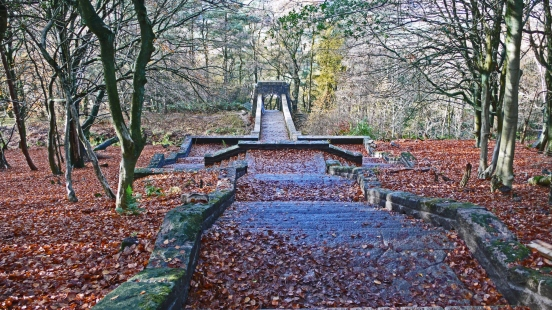 11/11/18 RIVINGTON TERRACED GARDENS.  Seven Arch Bridge Steps.