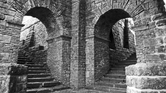 11/11/18 RIVINGTON TERRACED GARDENS.  Double Staircase.