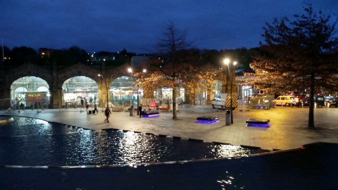 03/11/18  SHEFFIELD Sheaf Square. The Railway Station.