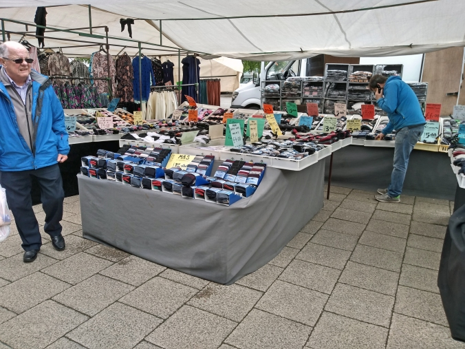 02/05/19  FRODSHAM. The Thursday Market. Socks Stall.