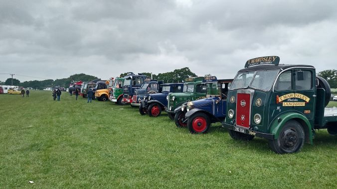 01/06/19  HESKIN VINTAGE RALLY.  Lorry Line Up.