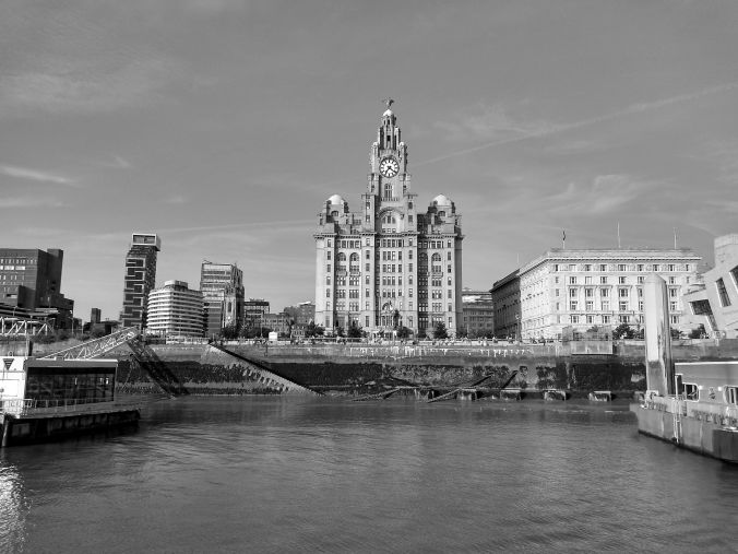 16-07-19  LIVERPOOL. The Pier Head & Liver Building.