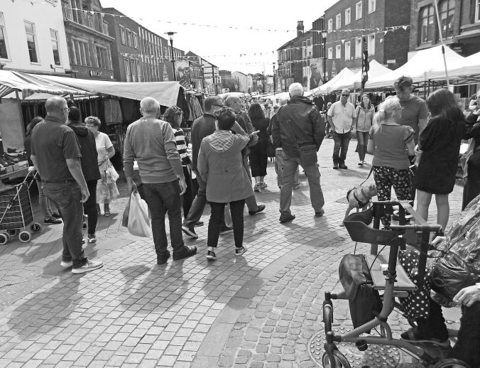 18/07/19  ORMSKIRK. Aughton Street & Thursday Market.
