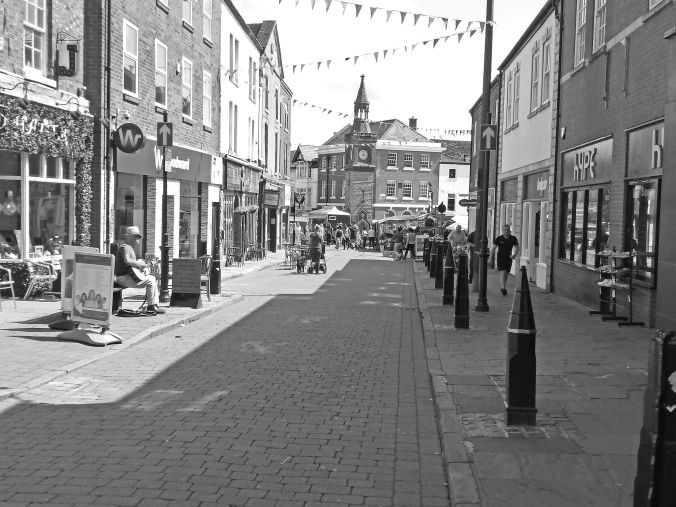 18/07/19  ORMSKIRK.  Church Street Busking.