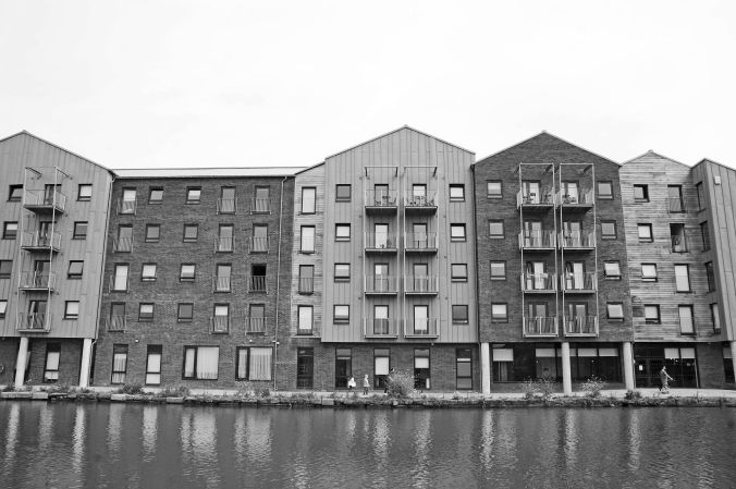 25/05/19  CHESTER. Chester Canal Basin. Apartment Block.