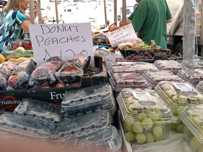 02/08/19  EARLESTOWN. The Friday Market. Donut Peaches.
