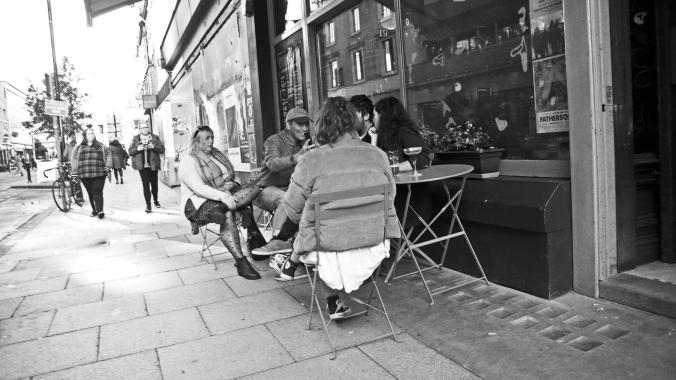 06/10/19  MANCHESTER. Oldham Street.  Pavement Conversation.