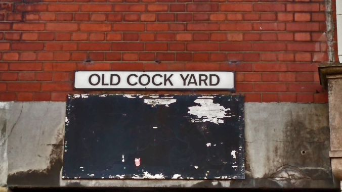 27/10/19.  PRESTON. Fishergate Street. Old Cock Yard.