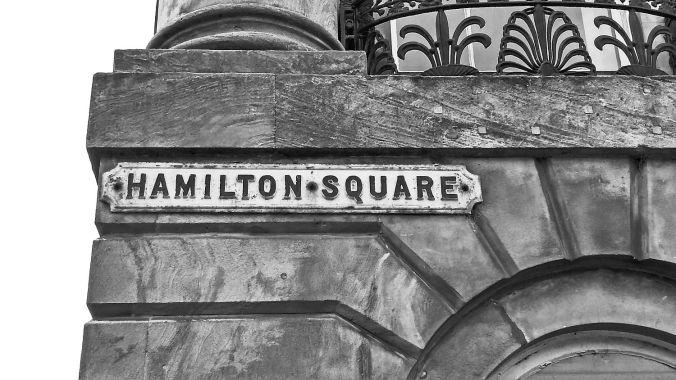 31/10/19 BIRKENHEAD. Hamilton Square. The Sign.