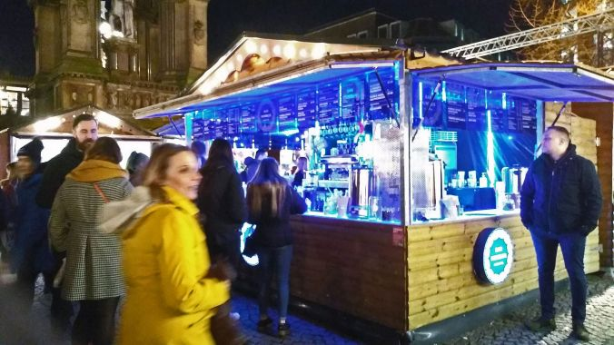 13/11/19  MANCHESTER. Albert Square Chritmas Market. Out Of The