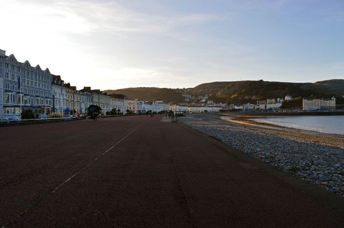 19/09/19  LLANDUDNO.  The Promenade in The Evening.
