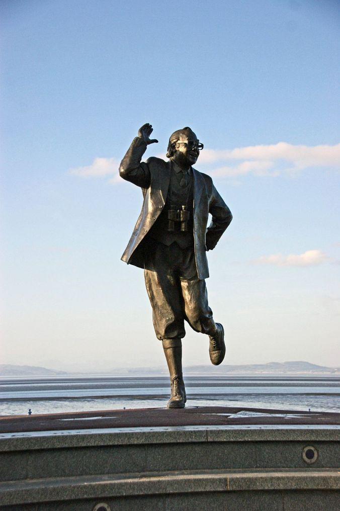 MORECAMBE. Eric Morecambe Statue.