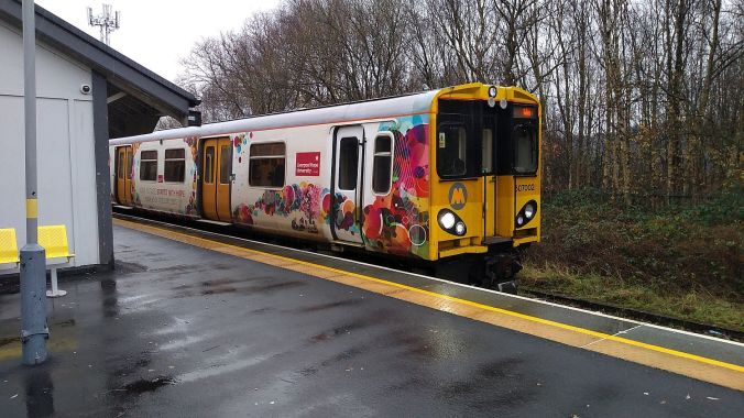 12/12/19 BIDSTON. Merseyrail 507002.