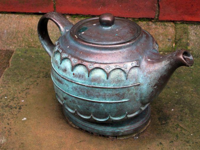 06-01-13 BOLTON. Bronze Teapot