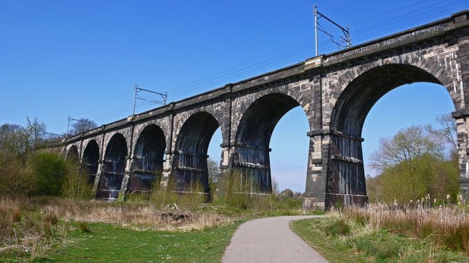 08/04/20 EARLESTOWN. Sankey Valley Park.The Nine Arches Viaduct.