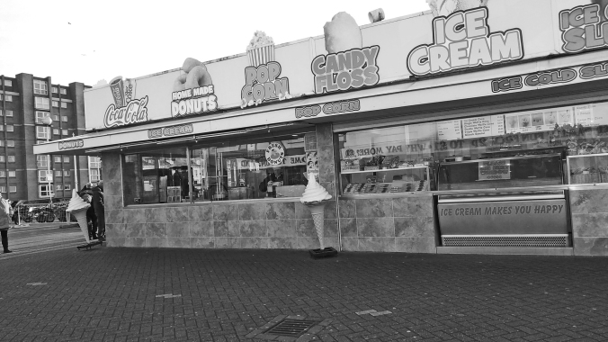 18-01-20 SOUTHPORT. Ice Cream & Chips.