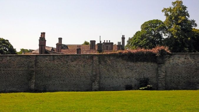 25-06-20  ASTLEY PARK. The Walled Garden. Chimneys.