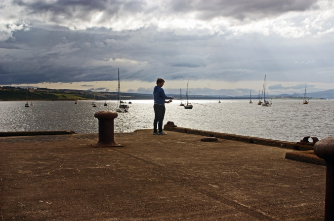 28/08/14  CROMARTY. The Harbour. Fishing.